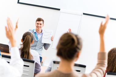 klasserom med studenter