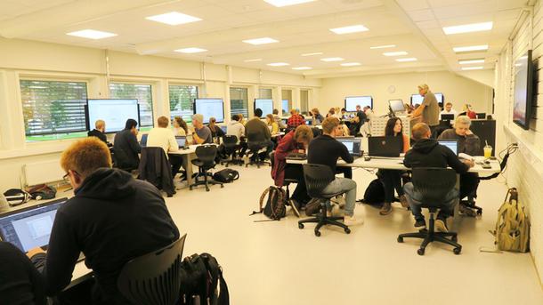 student jobber i ALC-rom Porsgrunn